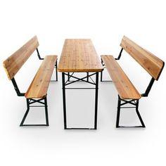 Inklapbare biertafel en banken voor ruimtebesparende opslag met rugleuning voor extra comfort.