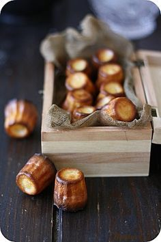 Les cannelés de Bordeaux, you can buy them at Fashion Bistro Downtown L. Desserts With Biscuits, Mini Desserts, Just Desserts, Dessert Recipes, Chefs, Christophe Felder, French Patisserie, Eclairs, French Pastries