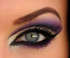 LOVE this winged eye, and the purple shadow is fabulous