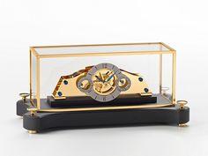 NT5 – Table Clock
