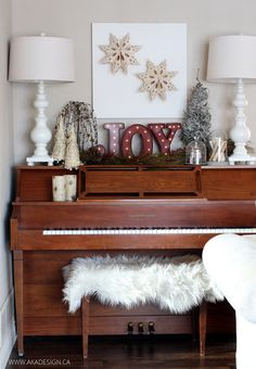 We had fun compiling picture examples of how we recommend decorating around your piano in your home. Cozy Christmas, All Things Christmas, Christmas Wreaths, Christmas Decorations, Christmas Cactus, Hygge Christmas, Christmas Island, Primitive Christmas, Christmas Music