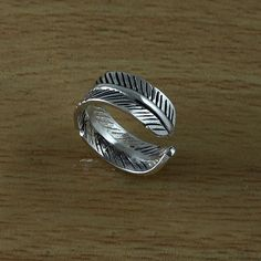 Feather 925 Sterling Silver Adjustable Toe Ring by handplayart