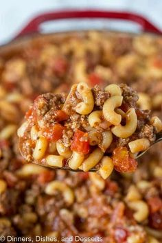 Old Fashioned Goulash - The same American goulash recipe that you grew up with. A hearty recipe that the entire family can enjoy any night of the week. Source by fashions goulash Gulosh Recipe, Hearty Recipe, Beef Dishes, Food Dishes, Pasta Dishes, Main Dishes, Dinner Dishes, Dinner Recipes, Dinner Ideas