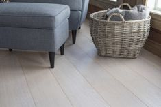 Parkettgulv Table, Furniture, Home Decor, Lily, Nature, Decoration Home, Room Decor, Home Furniture, Interior Design