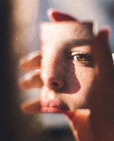 24 Ideas photography inspo self portraits Mirror Photography, Creative Portrait Photography, Girl Photography Poses, Film Photography, Editorial Photography, Teenage Girl Photography, Digital Photography, Kreative Portraits, Shotting Photo