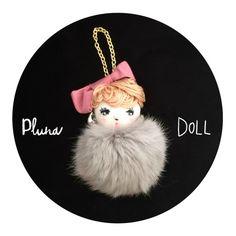 """■ Pluna Doll ストラップ""""今日は特別な日""""お気に入りのドレスで着飾ったPluna Doll。多彩なラインナップで登場。全て... ハンドメイド、手作り、手仕事品の通販・販売・購入ならCreema。"""