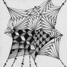 "Zentangle. В блоге ""Tickled to TANGLE"" задание ""It's a String Thing"" #40.  Способ рисования паттернов (Tangle patterns) и рисунок основы (String) можно найти на сайте TanglePatterns.com.  Размер: 9х9 см. Гелевая ручка, карандаш."