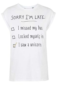 T Shirt Cake . T Shirt Cake . 19 Cute Back to School Supplies that Should Be Your List Vanessa Hudgens, Cool T Shirts, Funny Shirts, Minimalist Outfit, Jeans Und Sneakers, Unicorns And Mermaids, Latest T Shirt, Teen Vogue, Slogan