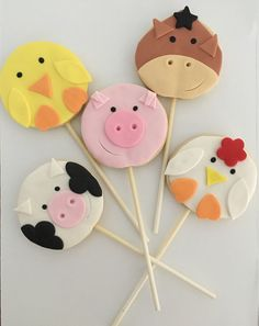 galletitas de animales de granja Farm Cookies, Cute Cookies, Easter Cookies, Cupcake Cookies, Family Theme, Farm Theme, Farm Birthday Cakes, Farm Animal Cakes, Farm Cake