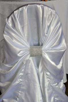 Diamond band for chair cover
