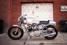 1974 Norton Comando MK2 Custom / For Sale. www.motoborgotaro.com/for-sale