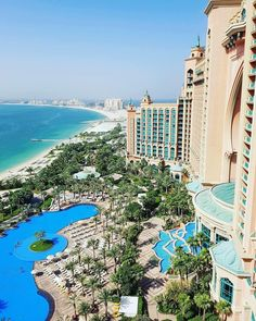 Dream big Atlantis The Palm.   @jenniferennion |  @atlantisthepalm #luxuryhotelpix  #luxurytravel  #bestintravel