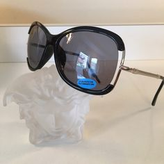 EYEWEAR UV400 NEW EYEWEAR UV400. STUNNING FASHION STATEMENT. NEVER USED NEVER WORN. LENSE IS 2 INCHES TALL Accessories Sunglasses