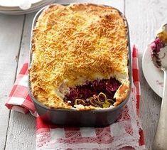Het recept voor de rode kool ovenschotel met gehakt is eenvoudig om te maken. Kleine voorbereiding en nog maar een halfuurtje in de oven. Hmmm..