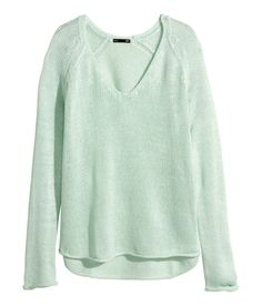 Soft mint green V-neck sweater with long sleeves & gently rolled edges. | H&M Pastels