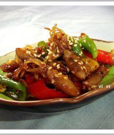 김장김치 실패없이 담그는법, 김장김치10포기양념 Buddha Bowl, Korean Food, Japchae, Soups And Stews, Chicken Wings, Side Dishes, Food And Drink, Beef, Cooking