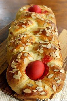 Greek Easter Bread (Tsoureki) - Savor the Best Greek Easter Bread, Greek Bread, Greek Cake, Eat Greek, Greek Sweets, Greek Desserts, Greek Recipes, Greek Meals, Easter Recipes