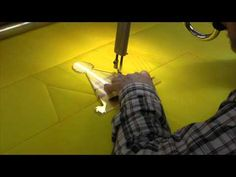 Machine quilting, combining swirls and pebbles. - YouTube