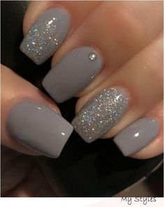 10 Best Grey Nail Polishes Awesome gray nail polish to try Related Perfekte und herausragende Nageldesigns pro den Winter Cute Nail Designs & Looks for 2019 Grey Nail Polish, Gray Nails, Pink Nails, Gray Nail Art, Color Nails, Glitter Nail Polish, Nail Black, Zebra Nails, Classy Nail Art