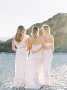 Divine bridesmaid style is airy, light and ethereal. Shop at www.PlumPrettySugar.com