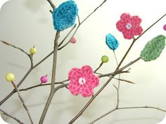 Bring Spring time into your home early with a vibrant crochet plant! We love this by @Jean Loang Loang-Mary