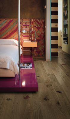 Stampa diretta a NanoColoranti su parquet. Camera da letto. #00124 #design #architettura #zerozero124 #parquet #parquette #legno #cameradaletto