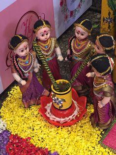 Bridal Room Decor, Wedding Hall Decorations, Diy Diwali Decorations, Marriage Decoration, Handmade Decorations, Flower Decorations, Wedding Doll, Wedding Stage, Wedding Bride