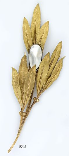 Mother-of-Pearl | Carved Gold Leaf Brooch | Buccellati | Milan, Italy