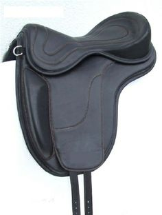 "FREEFORM ICELANDIC First step ""all purpose"" saddle , propaedeutic for Icelandic and Dressage competitions. Ref. Code : FRE B ICE = saddle base FREST2 = Classic shaved seat."