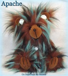 Apache, ours d'artiste par un ours dans ma maison  Apache, artist bear by un ours dans ma maison