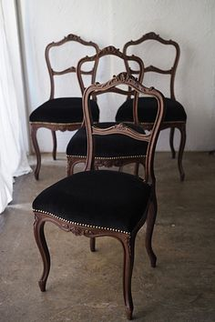Dining Chairs, Dining Table, Black Is Beautiful, Home Furniture, Carving, Investors, Antiques, Furnitures, Interior