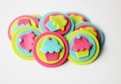 Fondant Cupcake Toppers - Cupcake-themed Fondant Topper - First Birthday - Cupcake Invitation - Cupcake Party - Cupcake Cake - Sweet Cupcake by Les Pop Sweets on Gourmly