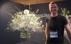 Fleurop - Interflora World Cup Berlin Day 2. Hand tied bouquet by Zygmunt Sieradzan from Poland. Checkout the making off and interview on www.flowerweb.com...