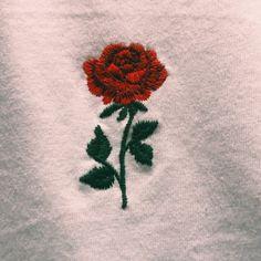 red rose aesthetic //pinterest-ayyeshayy