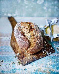 A good granary loaf is a thing of beauty. Our recipe combines an oaty topping, a handful of seeds and a mix of white, wholemeal and rye flours to give your sandwich more substance. Savory Bread Recipe, Loaf Recipes, Bbc Good Food Recipes, Yummy Food, Thermomix Bread, Healthy Recipes, Wholemeal Flour Recipes, Kitchen Recipes, Cooking Recipes