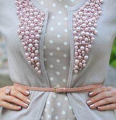Декорируем одежду бусинами: 20 фото-идей