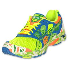 The Asics GEL-Noosa Tri 7 Men's Running Shoes will certainly do more than turn heads. The bright colors help to boost your mood while the performance aspects of the shoes will make your race day memorable! The running shoes are designed for quick transitions, maximum breathability so your feet stay comfortable, and a lightweight, stable ride.