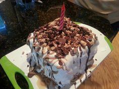 Ice cream birthday cake..I made dis