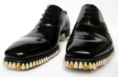 Apex Predator Shoes Made Of Teeth, totally bizarre.Iwould kick my enimies with it Ugly Shoes, Men's Shoes, Dress Shoes, Shiny Shoes, Dress Clothes, Shoes Style, Men's Style, Mode Swag, Human Teeth