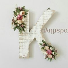 Ideas Dorm Door Decorations Diy Floral Letters For 2019 Baby Name Letters, Diy Letters, Letter A Crafts, Girl Nursery, Nursery Decor, Nursery Letters Girl, Dorm Door Decorations, Flower Letters, Diy Gifts