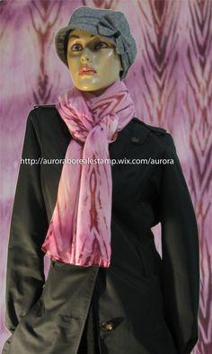 Echarpe em musseline 200x70 cm  com estamparia manual (pintado à mão). É um produto único e exclusivo Aurora Boreal Estamparia. #estamparia manual #estampariaartesanal  #handmade #modafeminina #arashi tecido/ fashion/ diy/ style/ foulard/ couture/ femme/ tecido/ fashion/ tissus/ mode WhatsApp: +55 (21) 99799-3686