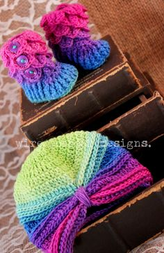 Baby Girl Crochet Bootie and Turban Gift Set- baby shower gift, baby girl gift, baby girl outfit, baby girl shoes, baby gift unique ideas - pinned by pin4etsy.com