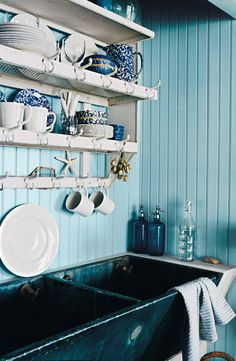 Bring the beach house to your house, by bringing in Ralph Lauren Paint's Harbor Blues palette to inspire any area of the home.