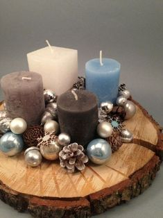 Make your own Advent wreath - 4 simple instructions with tips + 115 unusual ., Tinker advent wreath yourself - 4 simple instructions with tips + 115 unusual and traditional ideas - home ideas and decoration Tinker advent wreath y. Centerpiece Christmas, Christmas Candles, Winter Christmas, Christmas Time, Christmas Decorations, Table Decorations, Christmas Wreaths To Make, All Things Christmas, Christmas Crafts