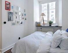 Come arredare una camera da letto piccola | Blog Edilnet Small White Bedrooms, Very Small Bedroom, Small Bedroom Interior, Small Apartment Bedrooms, White Bedroom Design, Contemporary Bedroom Furniture, Small Apartments, Bedroom Decor, Bedroom Ideas