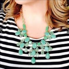 """Stella & Dot Retired """"Linden"""" Necklace Nib Stella & Dot Retired """"Linden"""" Necklace. 16 inches long with 3 inch extender. Great Statement Piece. Beautiful green stones. Goes with anything. Dress it up or down.  Comes  in original Stella & Dot box for gifting. Stella & Dot Jewelry Necklaces"""
