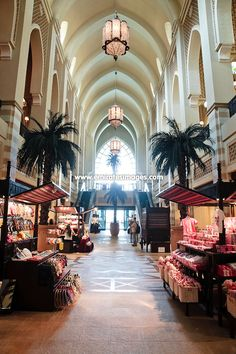 Souk-Al-Bahar in Downtown Dubai