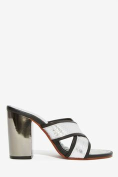 Shakuhachi Bar None Leather Mule