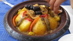 Eine richtige Tajine schmeckt einfach zu jeder Zeit :-) Marrakech, Pot Roast, Ethnic Recipes, Food, Morocco, Simple, Carne Asada, Essen, Yemek
