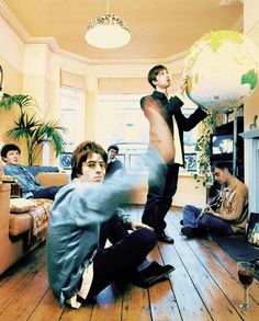 Music Love, Rock Music, Liam Gallagher Noel Gallagher, Oasis Album, Oasis Music, Alan White, Oasis Band, Hippie Music, Band Photography
